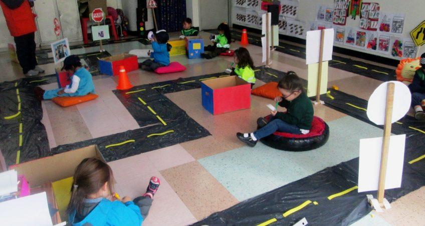 Aprendiendo de movilidad con los niños de Preescolar